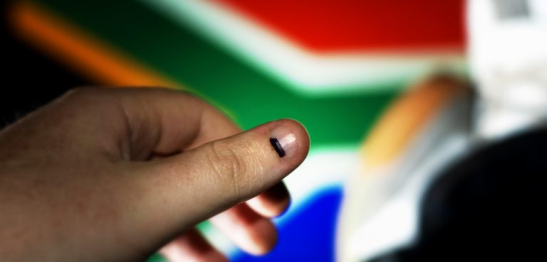 AfricaVote, cc Flickr Darryn van der Walt, modified, https://creativecommons.org/licenses/by/2.0/
