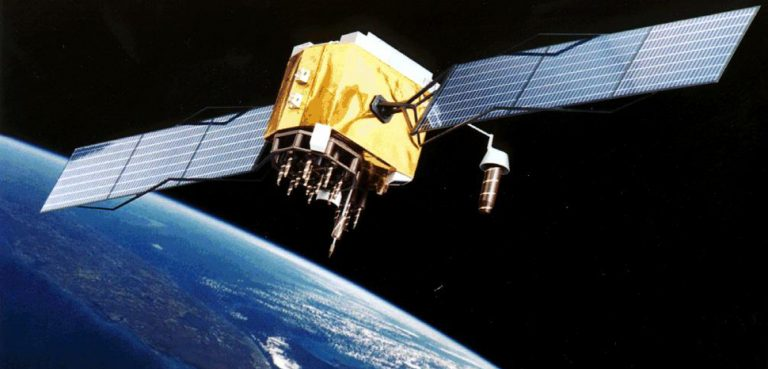 cc Nasa, modified, public domain, https://commons.wikimedia.org/wiki/File:GPS_Satellite_NASA_art-iif.jpg